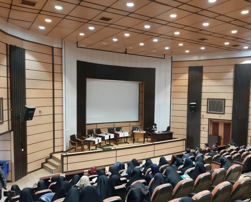 نشست بررسی چالش های قانون و اجرا در حوزه زنان و خانواده۲
